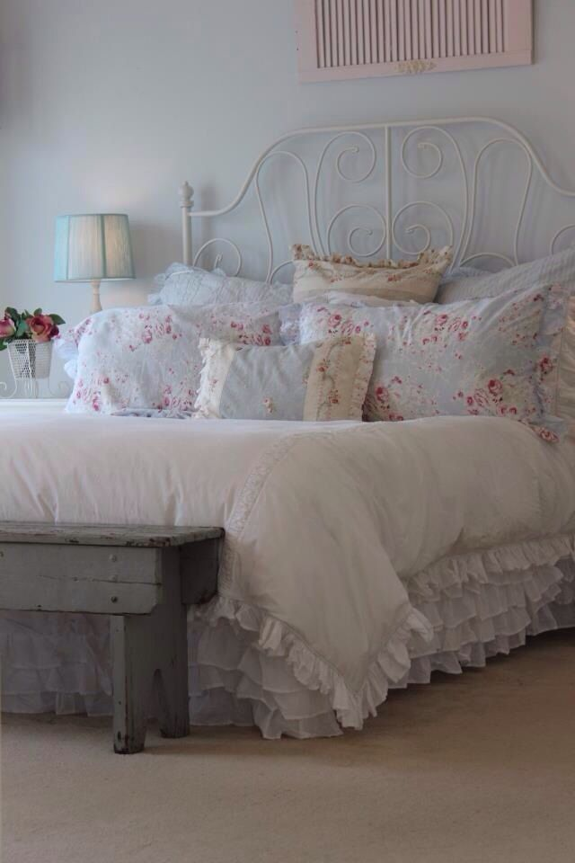 Shabby chic bedroom. Paint headboard white
