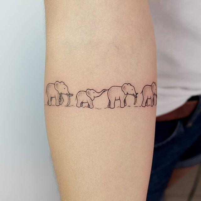 Moni Schwartz Tattoos – Tattoos