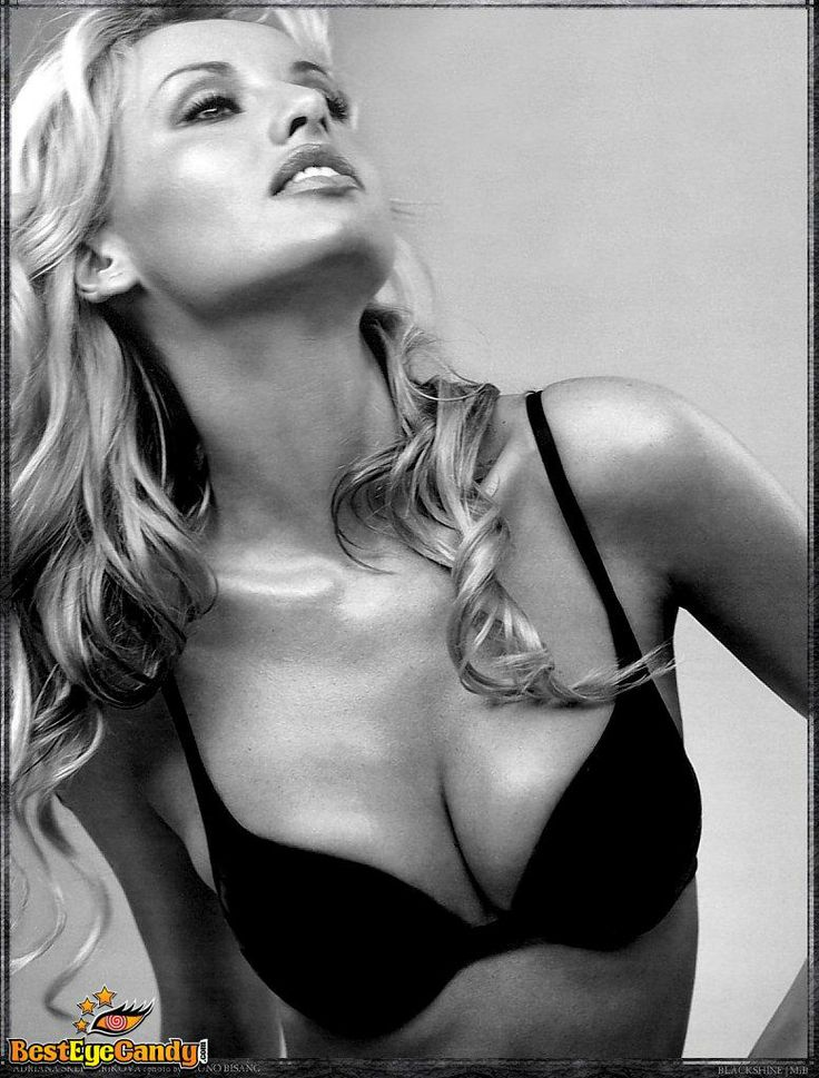Sweet Adriana Sklenarikova ...   She was born on 17 of September 1971