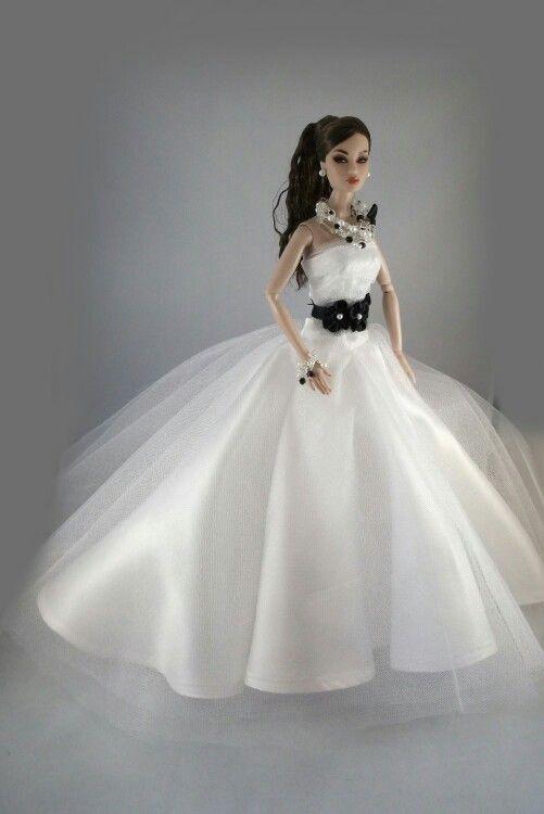 Amazing Barbie Wedding Dress Up Games Indian Style Fashion Dolls Pinterest Barbie wedding dress Barbie wedding and Barbie