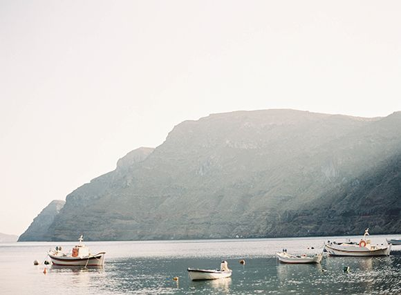 Simple And Stylish Wedding In Santorini | Wedding Photography