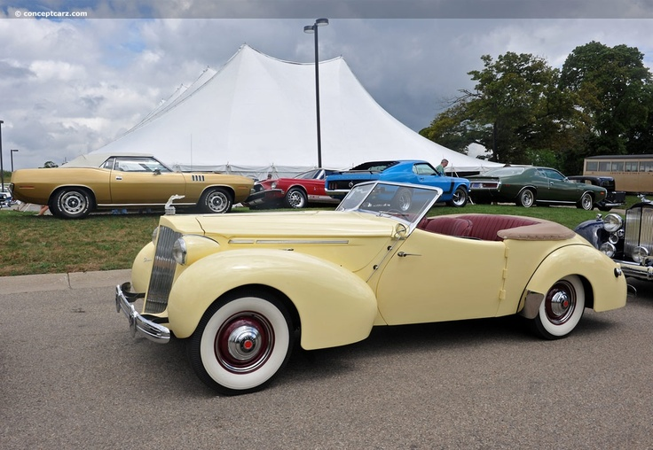 1939 Packard Convertible Victoria, Body by Darrin
