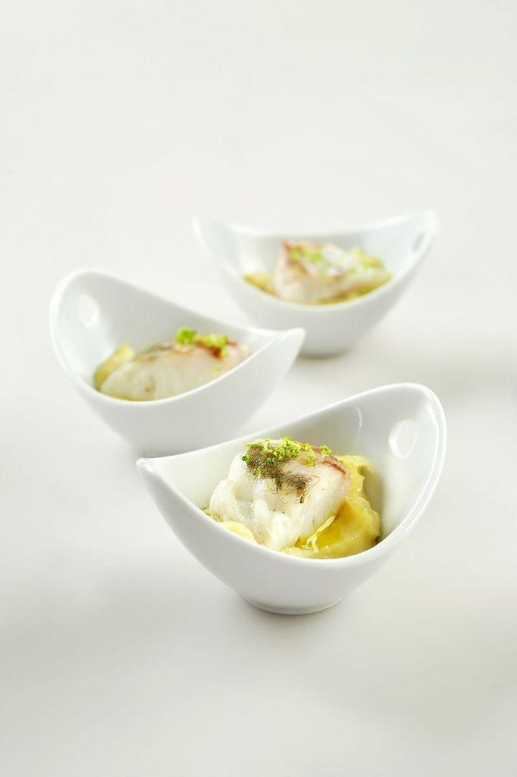 """Het lekkerste recept voor """"Zeebaars met citroenpuree"""" vind je bij njam! Ontdek nu meer dan duizenden smakelijke njam!-recepten voor alledaags kookplezier!"""