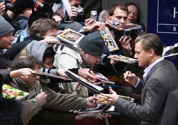 Leonardo DiCaprio signing autographs   Leo   Pinterest Leonardo Dicaprio