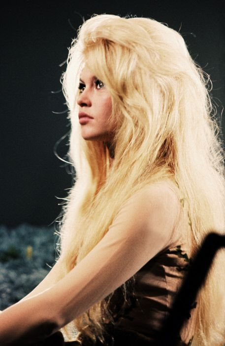 Brigitte Bardot. Fashion hero.