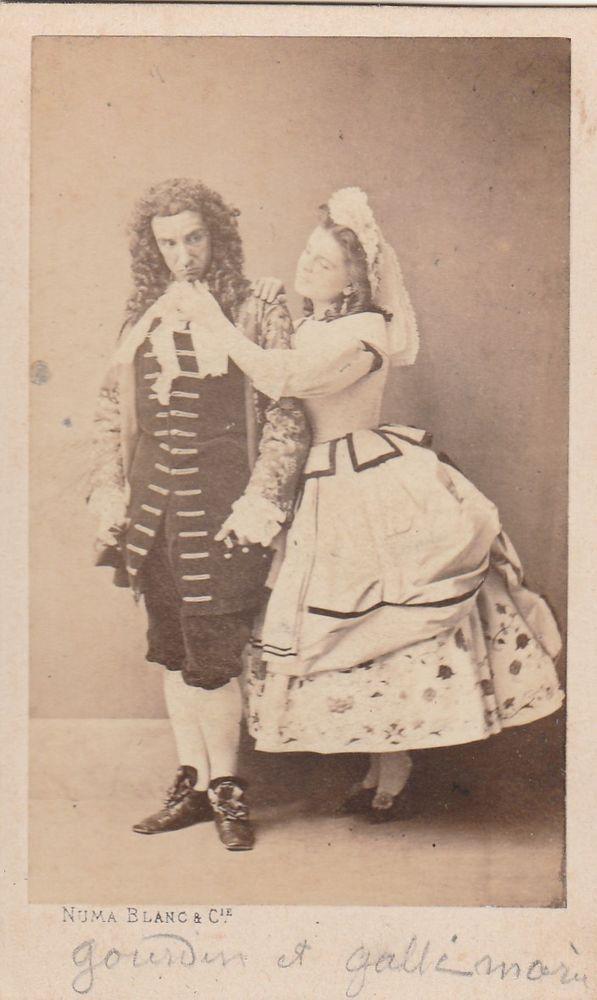 Cdv 1860 c.a. commedianti in posa by Numa Blanc Paris -L5439