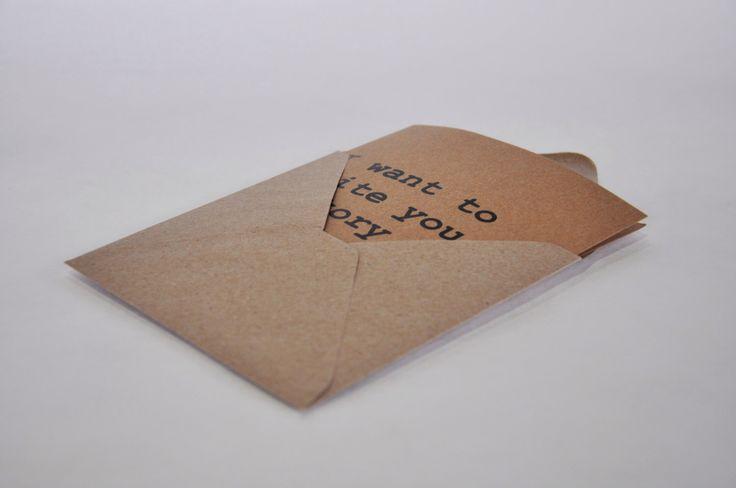 Voglio scrivere U. Piazza Card + busta. Carta riciclata. di IntoTheTreees su Etsy https://www.etsy.com/it/listing/220647686/voglio-scrivere-u-piazza-card-busta