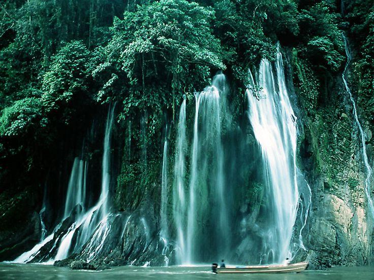 Moving Waterfall Wallpaper | Nature Wallpaper | Nature Backgrounds Wallpapers | Free Nature Desktop ...