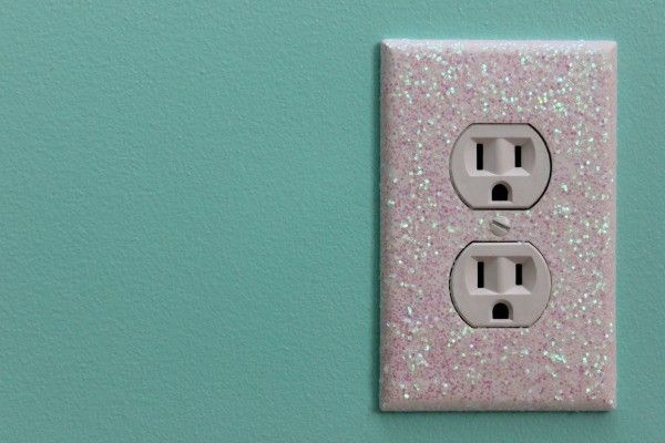 Let's take a look at some ideas how to make DIY light switch plates by crafting something eye catchy and that has decor value.