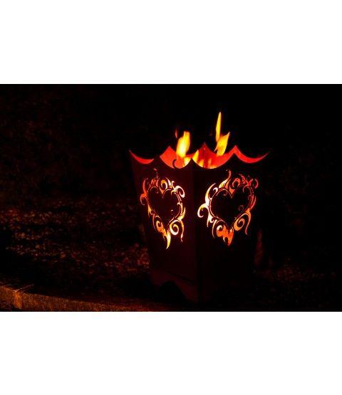ferrum edelrost feuerkorb flammenherz rost 1 0225. Black Bedroom Furniture Sets. Home Design Ideas