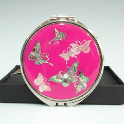 Compact Mirror Inlaid with Mother of Pearl Butterfly – Pink