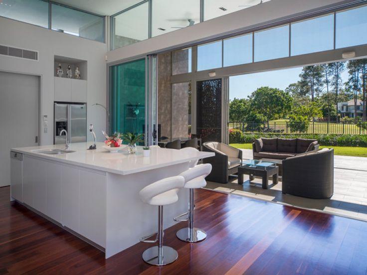 Kitchens image: Side-By-Side Fridge, Breakfast Bar - 8716045