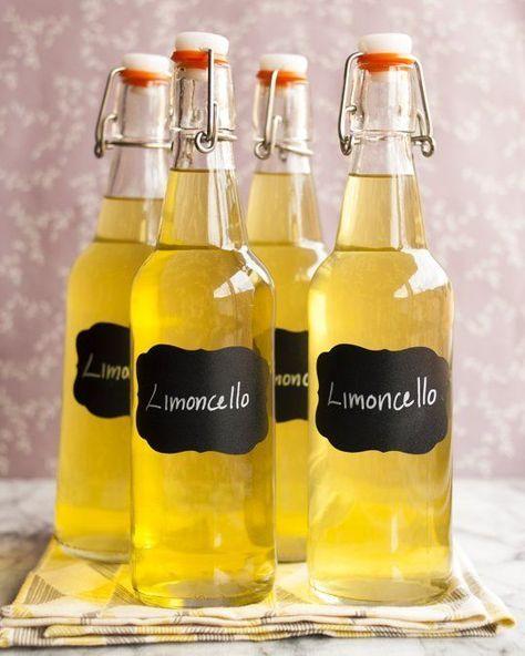 Limoncello, bir tür İtalyan likörüdür. Bu likör özellikle İtalya'nın Napoli kentinin karşısında Sorento'da üretilmektedir.