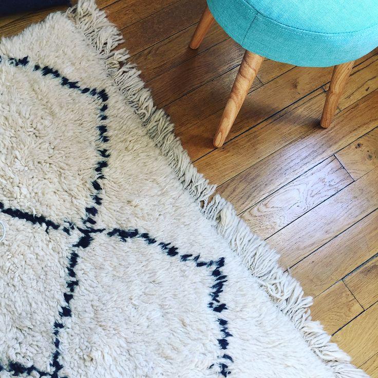 tapis kilim rock the kilim deco pinterest cailloux With tapis kilim avec plaid pour canapé bz