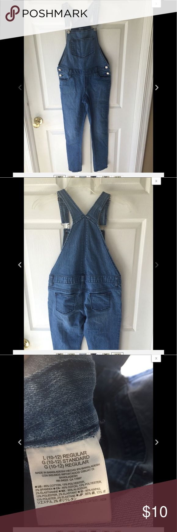 Old Navy boyfriend skinny overalls Great pair of Old Navy overalls American Eagle Outfitters Bottoms Jeans
