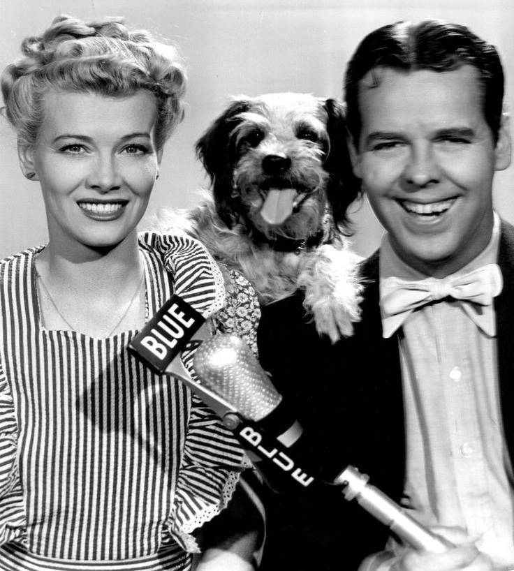 Blondie and Dagwood with their precious film puppy, Daisy. She joined the family for all the Blondie series films from 1938-1050.