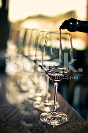 Dégustation de vins  – banque photo libre de droits