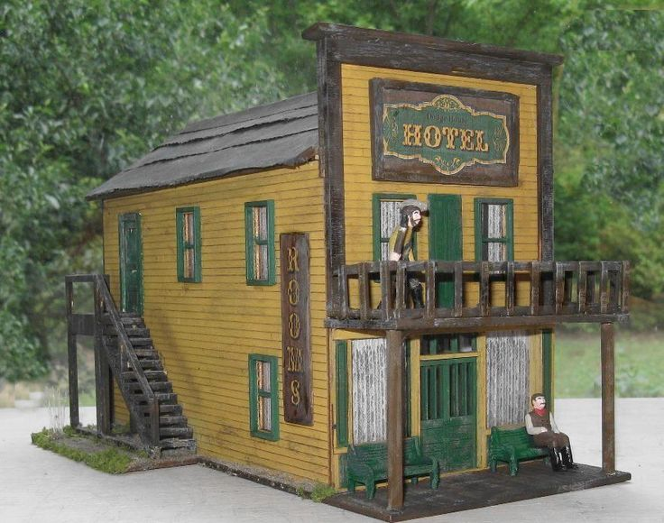 O scale model train buildings, model train collectors, nce power cab