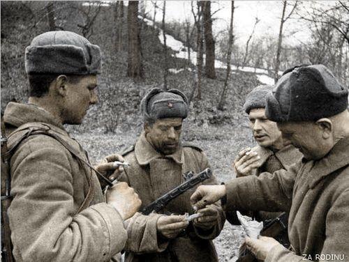 Soviet soldiers - ww2