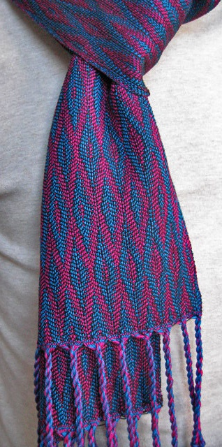 8-Shaft Woven Scarves: Parallel Threading & Networked Treadling by Eva Stossel