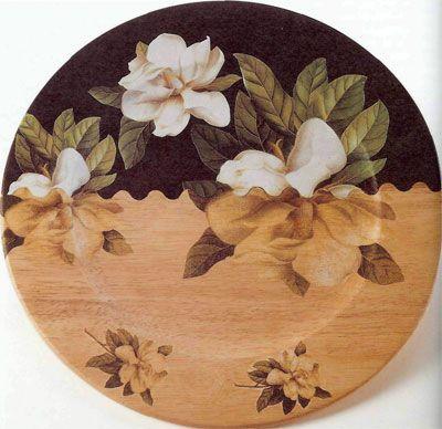 Декупаж - легко. Как декорировать тарелку цветами.