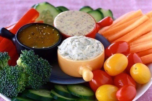 10 variants of different sauces