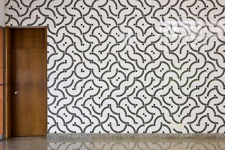 Athos Bulcão - Painel de azulejos, Instituto Rio Branco, 1998. Foto: Edgar César Filho