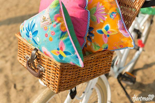 #Trend; Sier je tuin met fleurige #kussens!