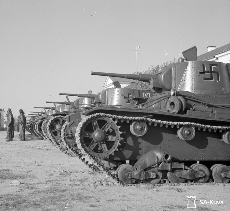 Finnish T-26TH (Vickers Mk.E Type B after the re-captured Soviet 45-mm tank gun and coaxial machine gun DT, got into the Finnish army designation T-26TH). On the first of may 1941. in the Finnish army there were 27 T-26TH, subsequently, they were not made as the lack of trophy Soviet T-26, and purchase the Vickers Mk.E Type B and converted there was no point. Finns point - at the beginning of the war 34, T-26,trophies from the Winter war.By may 1942. their number increased up to 64 pieces…