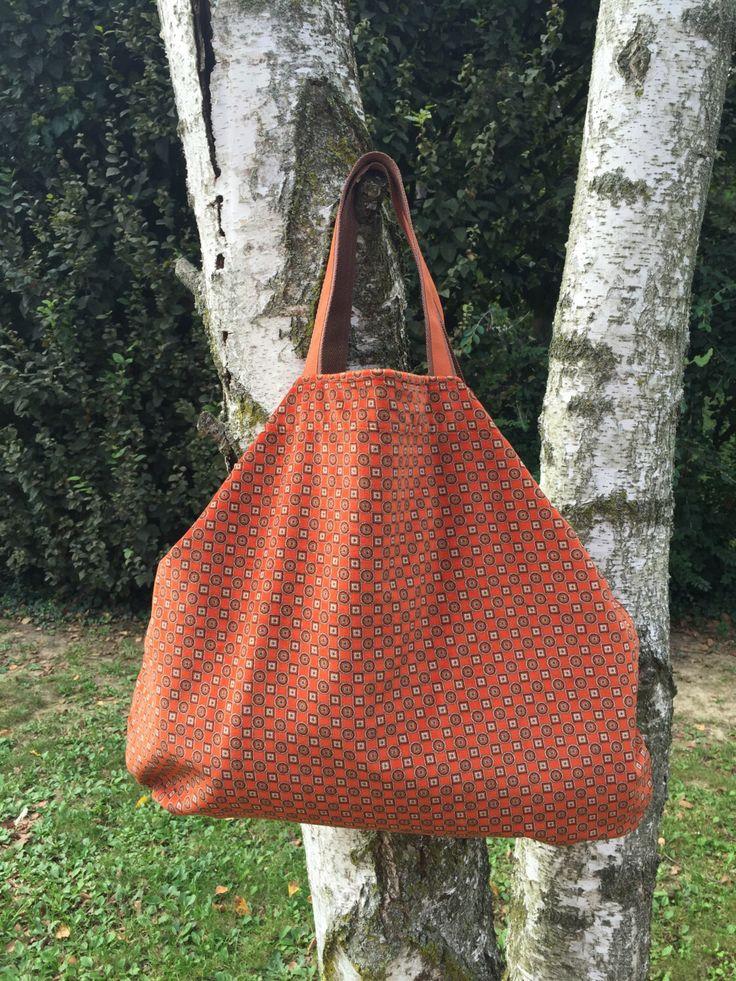 Un preferito personale dal mio negozio Etsy https://www.etsy.com/it/listing/249703058/borsa-in-tessuto-vintage-a-fiori-borsa