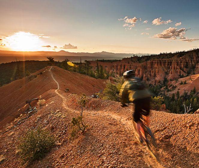 Andes Vertical | Mendoza Hiking | Escalada y aventura | Aventuras Invernales | Mountain Bike