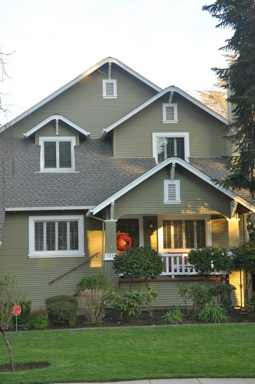 17 best images about home exterior on pinterest stucco - Exterior paint coverage on stucco ...