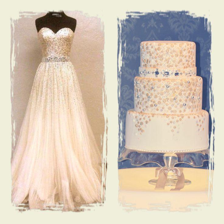 Wedding cakes, especial combinado con vestido, cinturón de cristales y decoración en lentejuelas y pedrería comestible.