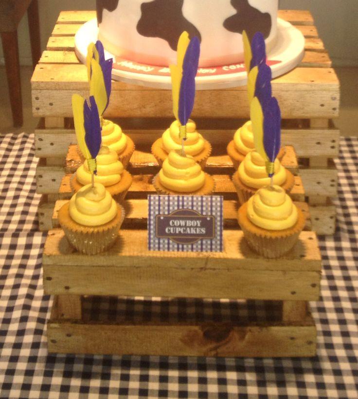 Cute cowboy cupcakes!