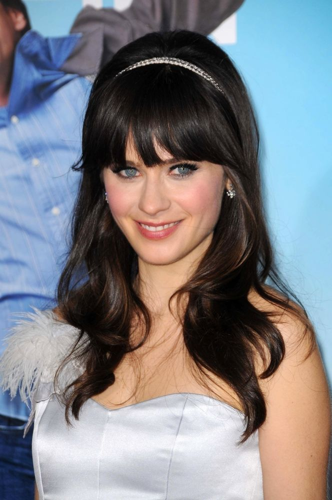 ♥  Zooey Deschanel | Hair, I want my hair this long, but maybe no bangs for me.