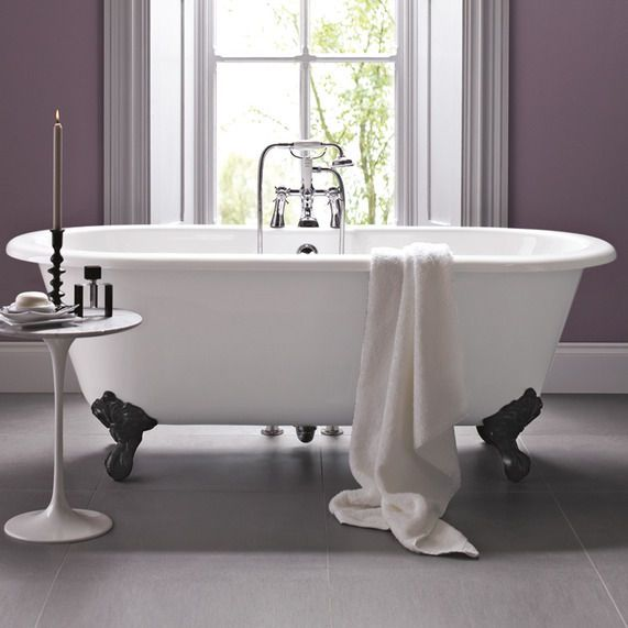 Cambridge Bath With Traditional Cast Iron Feet | bathstore