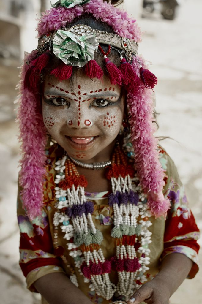 indiaincredible:    Little Jaisalmerian (by bravelinh)