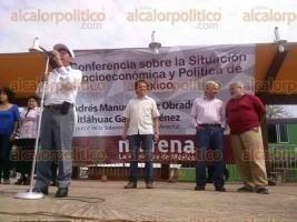 Destapa AMLO a Cuitláhuac García como candidato a la gubernatura por MORENA - Al Calor Político