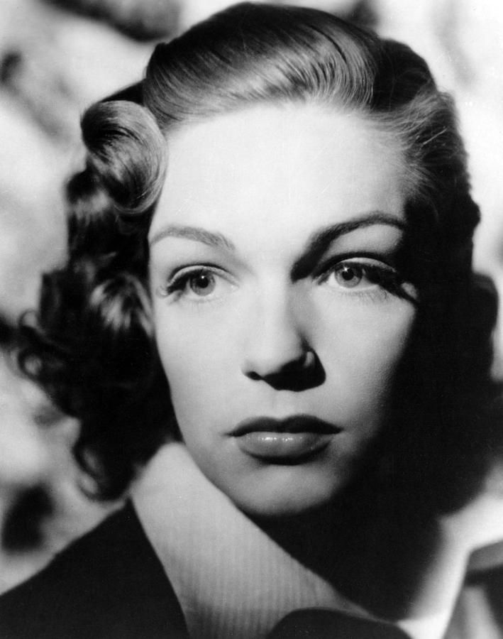 """""""Hordes of young girls never copied my hairdoes or the way I talk or the way I dress. I have, therefore, never had to go through the stress of perpetuating an image that's often the equivalent of one particular song that forever freezes a precise moment of one's youth."""" - Simone Signoret"""