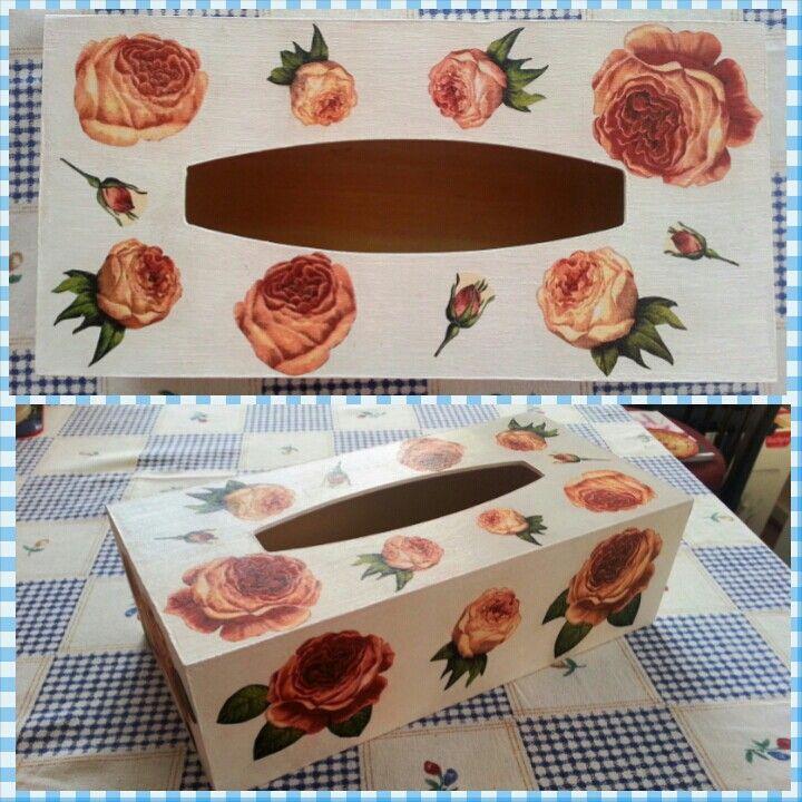 Decoupage - krabička na kapesníky - růže