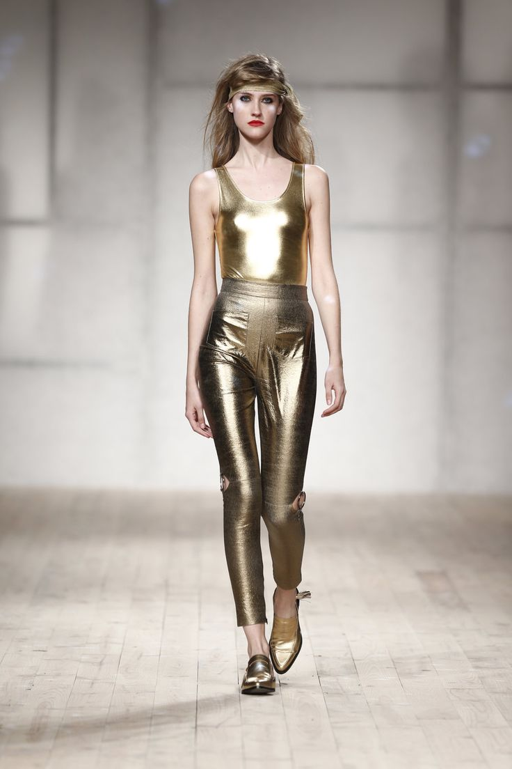 Golden Body and Pants #gold #golden #body #pants #blondie #heartofglass #ss18 #luiscarvalho