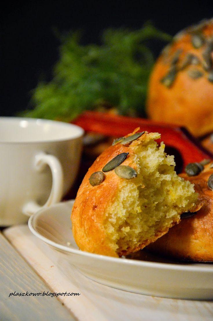 bułki z dynią (pumpkin rolls)
