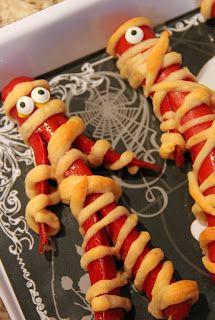 Halloween Dinner 2013 - Tons of spooktacular ideas for Halloween dinner/party treats!