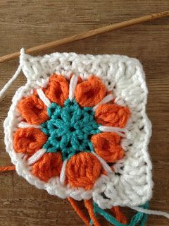 Spring flower granny square-colors
