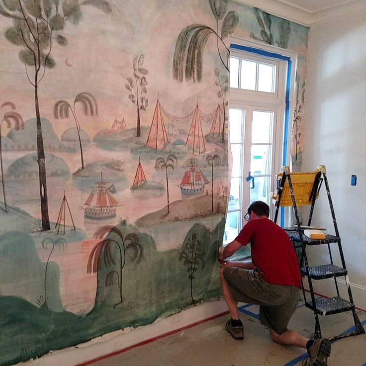 wallpaper and mural installation - photo #6
