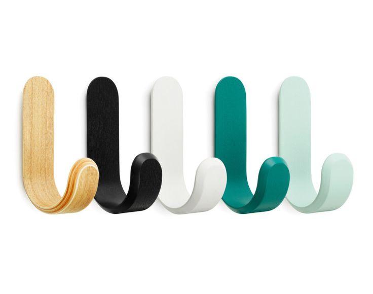 Věšák Curve Hook od Normann Copenhagen, tyrkysový (petrol)   DesignVille