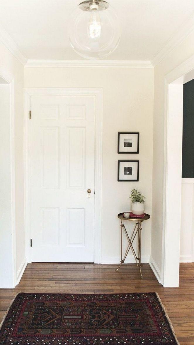 17 No Entryway Living Room Small Spaces Entry Ways 86 Decorinspira Com Small Entryways Small Corner Decor Entryway Light Fixtures Small living room no entryway