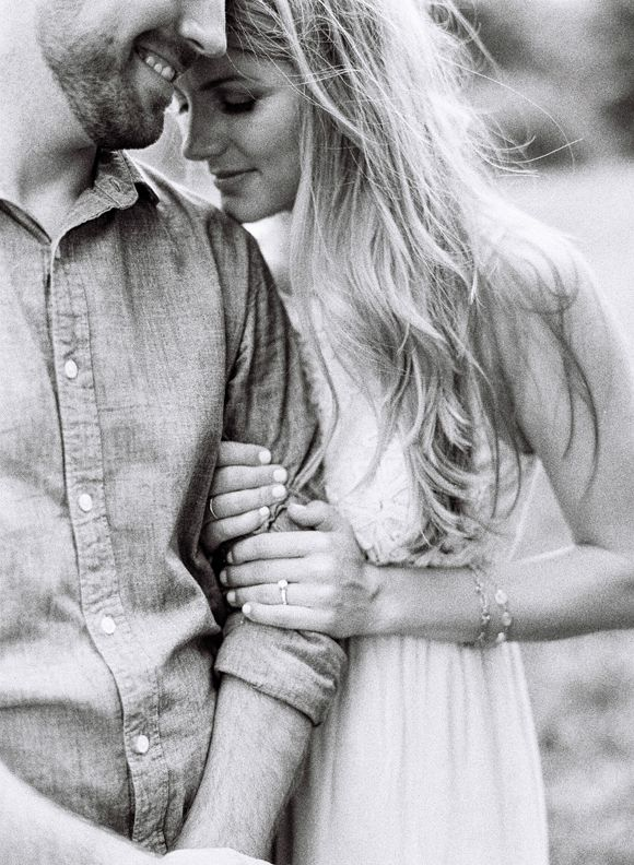 Tennessee Creek Engagement Session by Cassidy Carson - via Magnolia Rouge