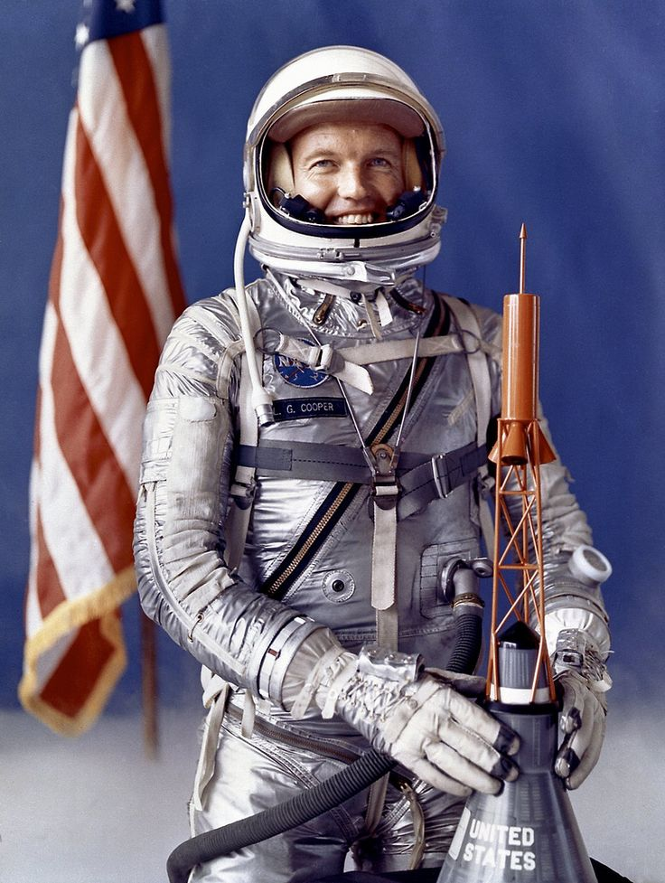 https://flic.kr/p/8PLuAU | Astronaut L. Gordon Cooper | <b>Full Description:</b> Astronaut L. Gordon Cooper, Jr., one of the original seven astronauts for Mercury Project selected by NASA on April 27, 1959. The MA-9 mission, boosted by the Mercury-Atlas launch vehicle, was the last flight of the Mercury Project. The Faith 7 spacecraft orbited the Earth 22 times in 1-1/2 days. <b>UID:</b> SPD-MARSH-8772556