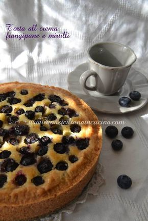 Torta-crema-frangipane-e-mirtilli